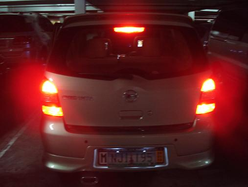 Additional tail light double contact bulb. Dsc00112