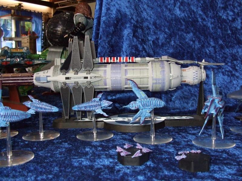 Babylon 5 Raumstation mit Minbariflotte 2008-010