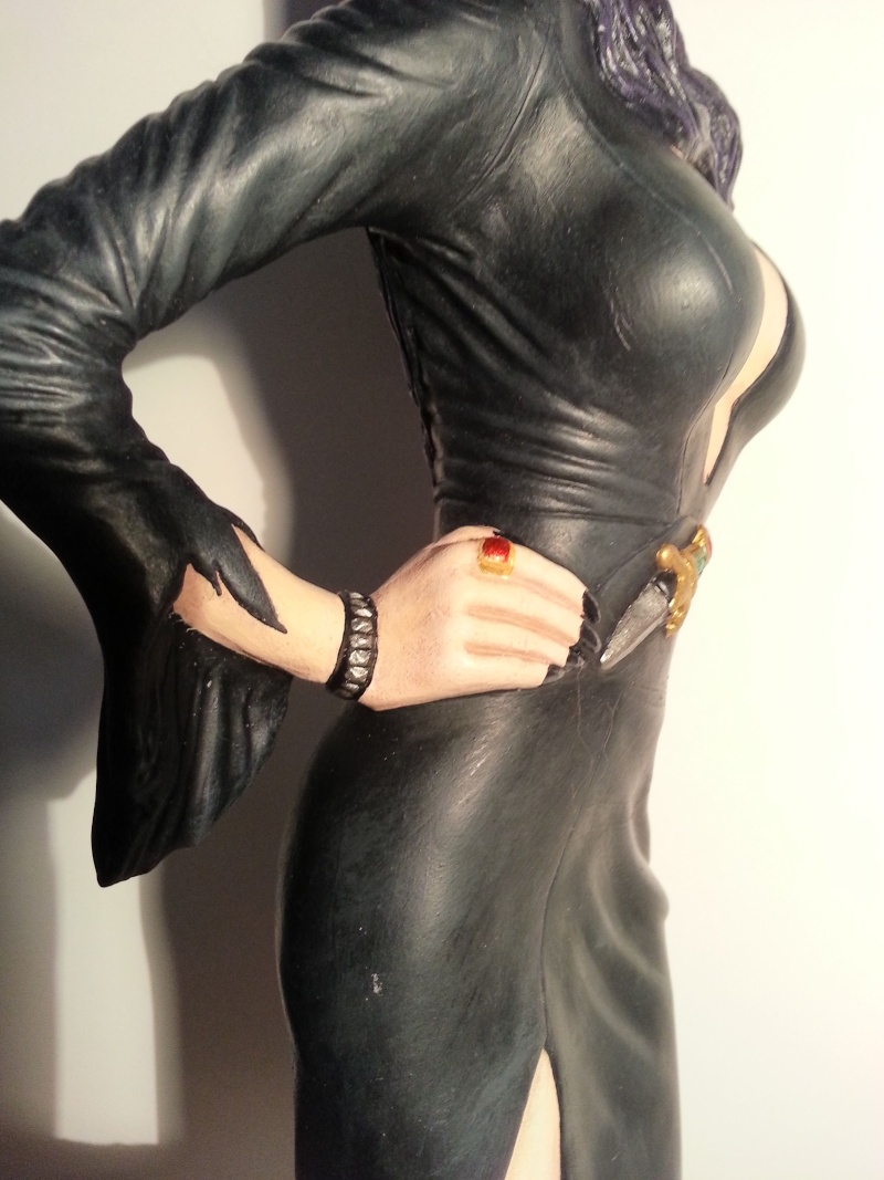 Elvira-Mistress of Darkness 1:4 von Screamin 20140974