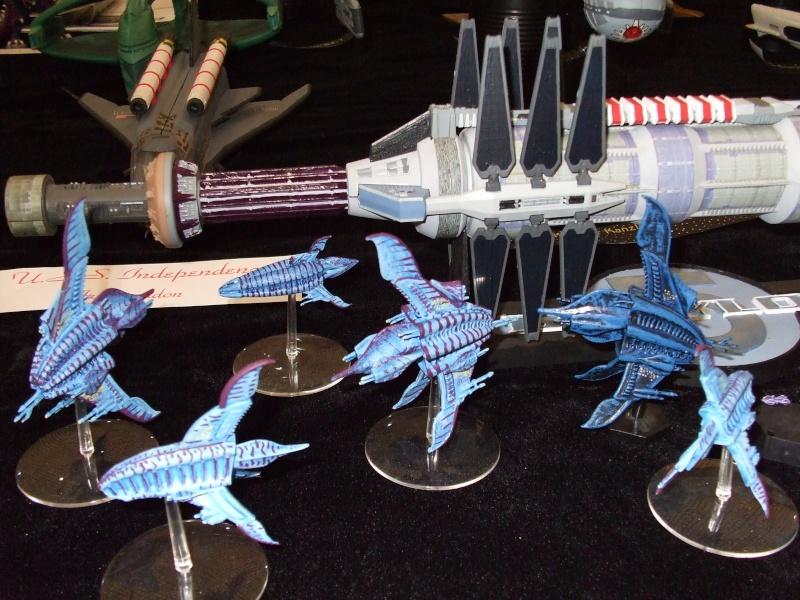 Babylon 5 Raumstation mit Minbariflotte 24010