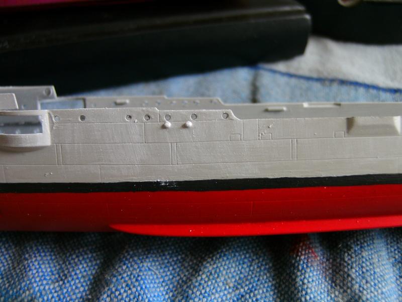 leichter Kreuzer Emden 1:350 von Revell Pict0063
