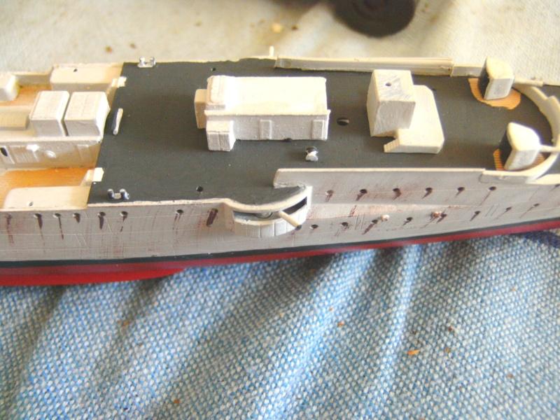 leichter Kreuzer Emden 1:350 von Revell Pict0124