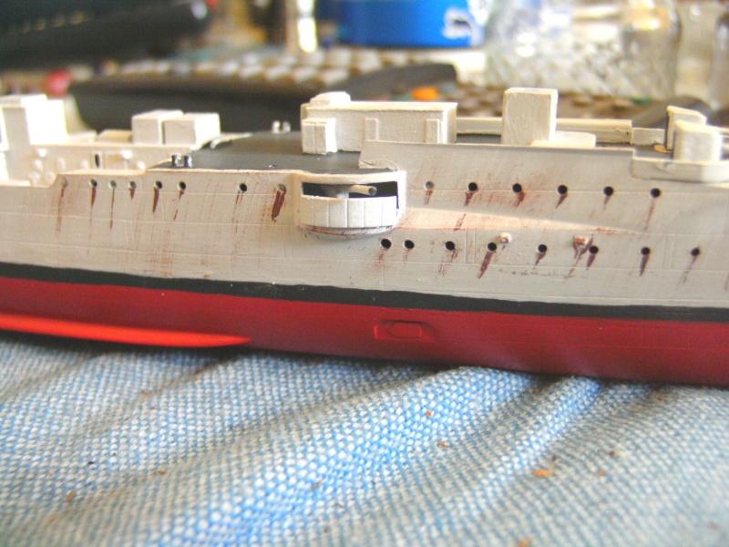 leichter Kreuzer Emden 1:350 von Revell Pict0125
