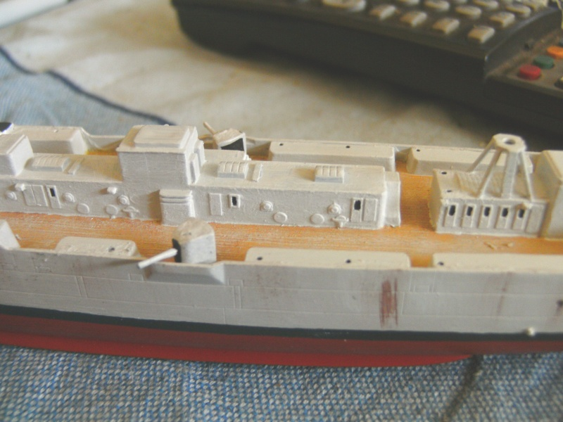 leichter Kreuzer Emden 1:350 von Revell Pict0127
