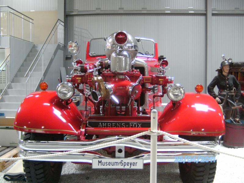 Historische Feuerwehrfahrzeuge im Technikmuseum Speyer Pict3819