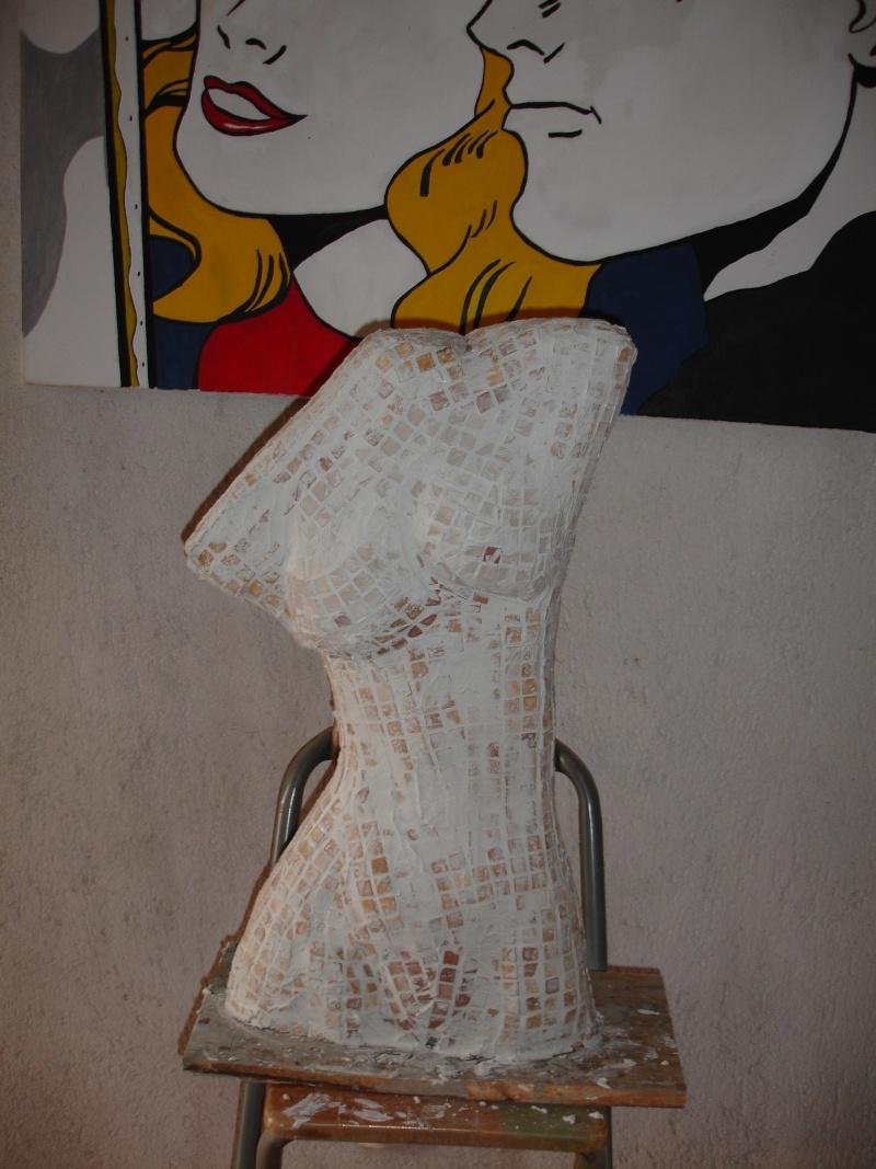 Sculpture Grillage A Poule modeler du ciment sur grillage