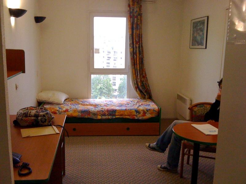 Relooking logement étudiant 18m2 Img_0410