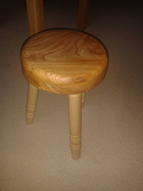 What have I done in the workshop today? - Page 5 Stool210