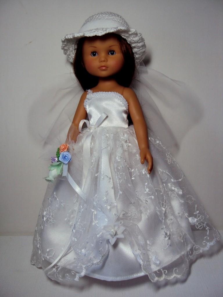 Les poupées mariées - Page 4 Dsc04310