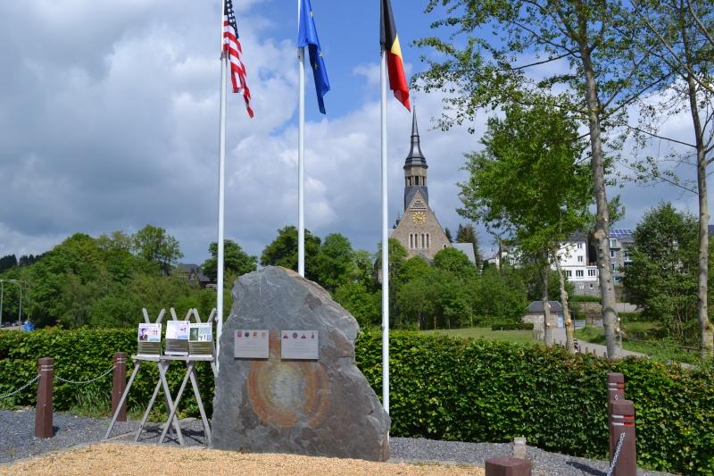 Cérémonie à Rencheux en présence du Vétéran Ernie LAMSON Co A, 508Th PIR - 30 mai 2014 Dsc_0010