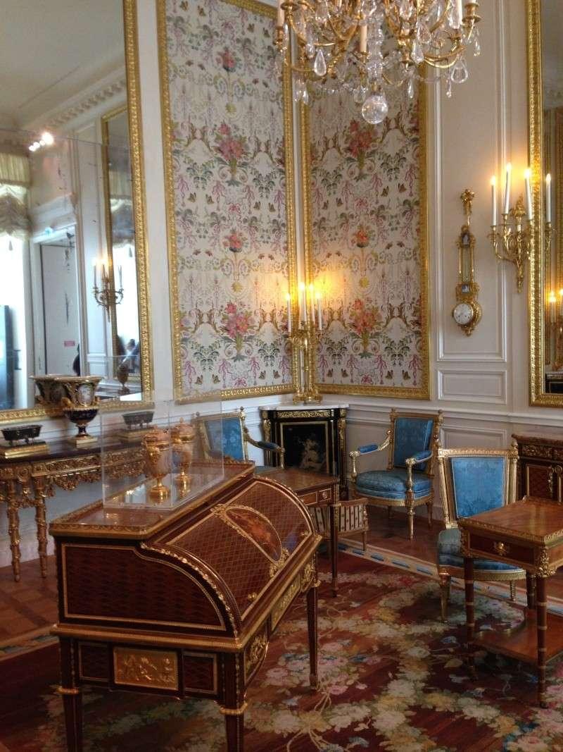 Nouvelles salles consacrées au XVIIIe siècle au Louvre - Page 6 Img_2234