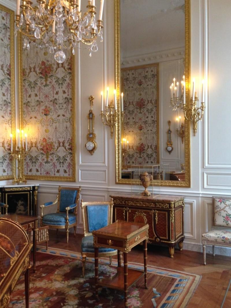 Nouvelles salles consacrées au XVIIIe siècle au Louvre - Page 6 Img_2242