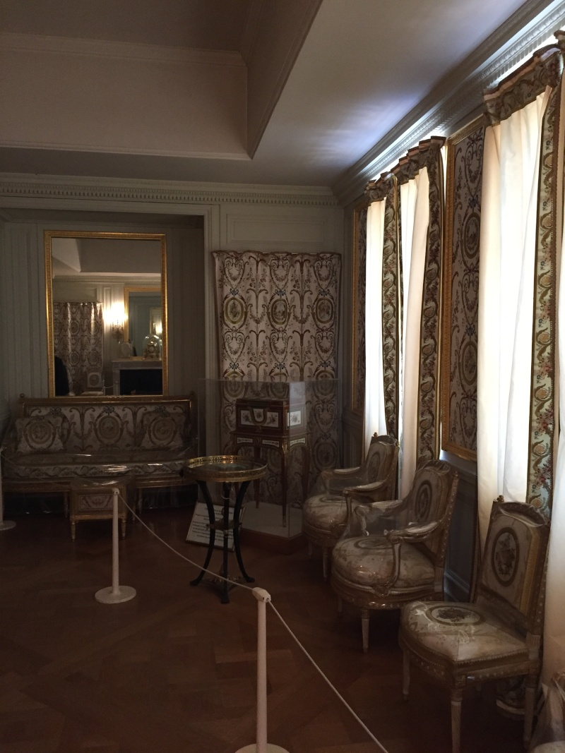 Le logement de Fersen au château de Versailles - Page 3 Img_6012