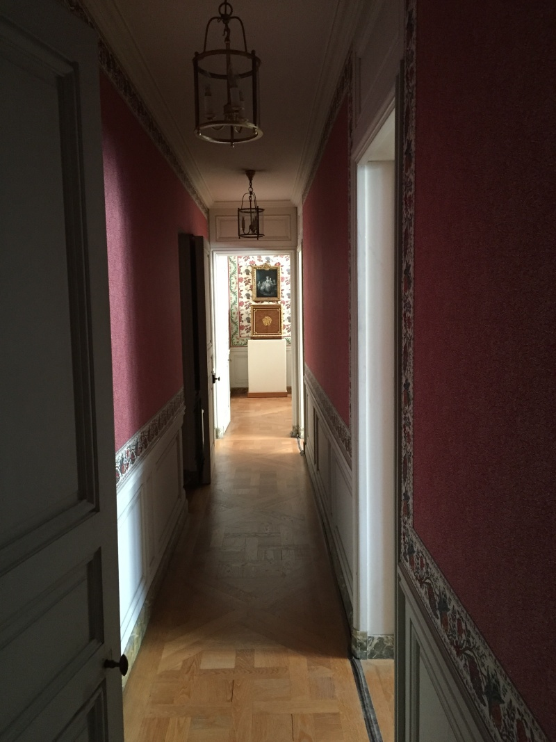Le logement de Fersen à Versailles - Page 5 Img_6110