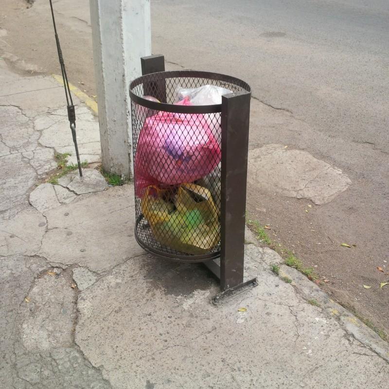 Chapala trash can project  Img_2010