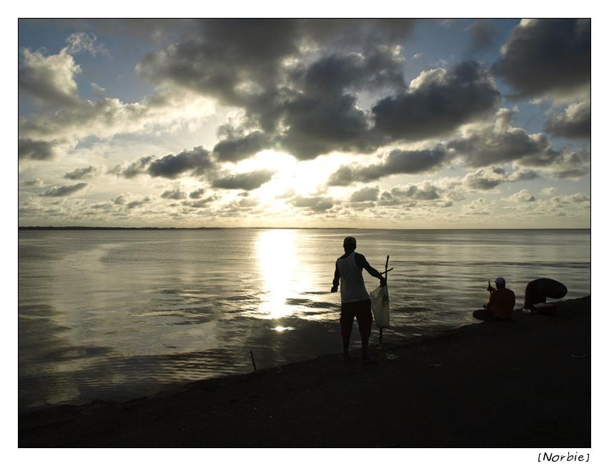 Coucher de soleil sur le vieux port de Cayenne P7118611