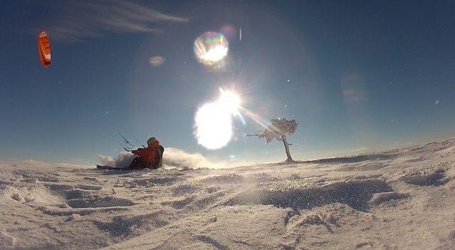 [Snowkite] Le Lundi 29/12 c'est permis, euh non c'est supeyres Supalt12