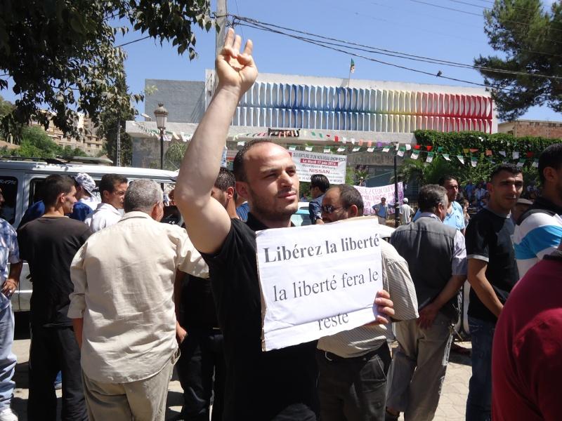 Rassemblement pour la liberté de culte et de conscience en Kabylie  à Akbou. Dsc02222