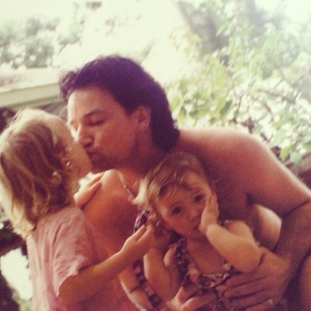 U2 and family - Pagina 28 Bono_j10