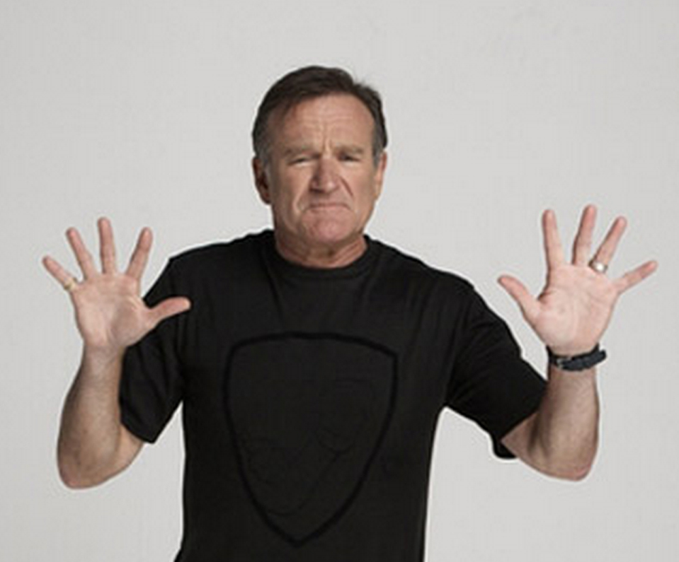 Robin Williams: hands of a crazy comic genius! Robin-10