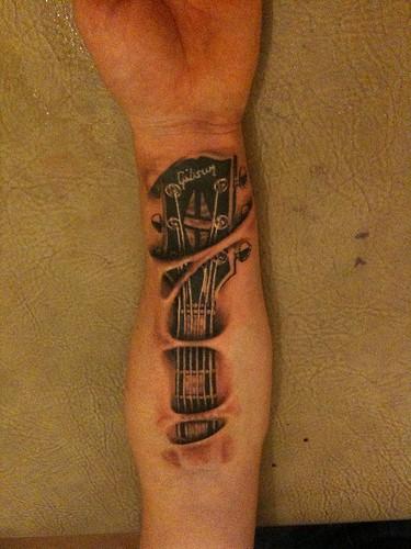 Métal et Tatouage... - Page 10 Gibson10