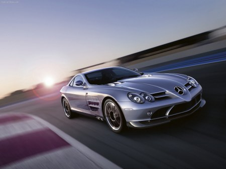 Top 10 siêu xe của thập kỷ 211