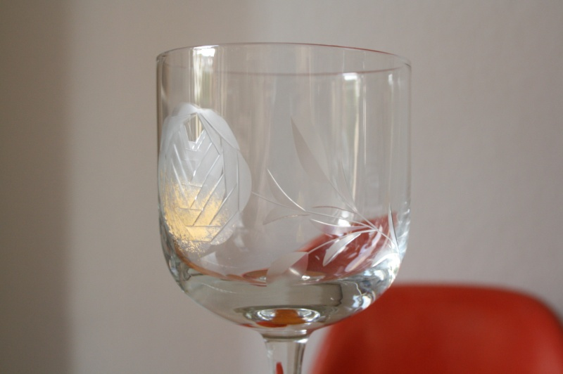 Glasses with a stylized Rose with gold Img_2812