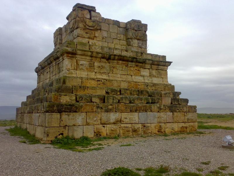Wonders of Numidia Tomb10