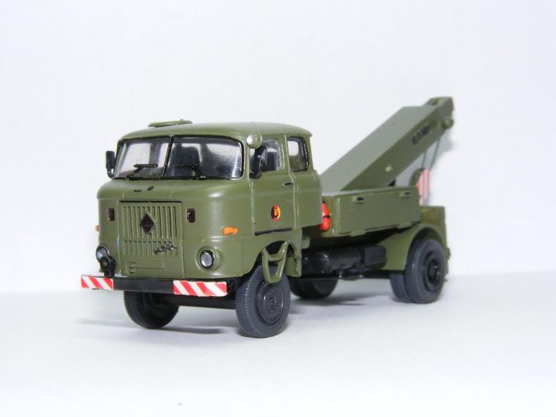 Modelle von Fahrzeugen der ehemaligen NVa W50_la10