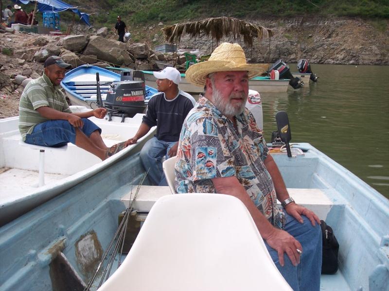 Aguamilpa fishing report - Dec 2014 100_4510