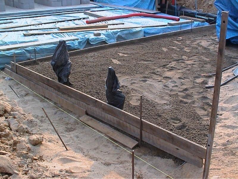 Construction de la maison de mon fils - Page 3 1300-d10
