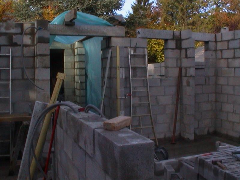 Construction de la maison de mon fils - Page 4 1581-z10