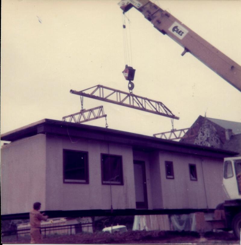 Maison préfabriqué transformée en traditionnelle. 2411