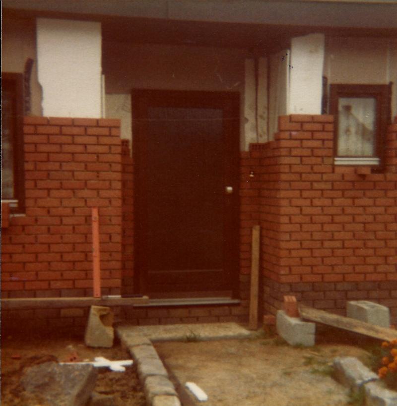 Maison préfabriqué transformée en traditionnelle. Br16a10