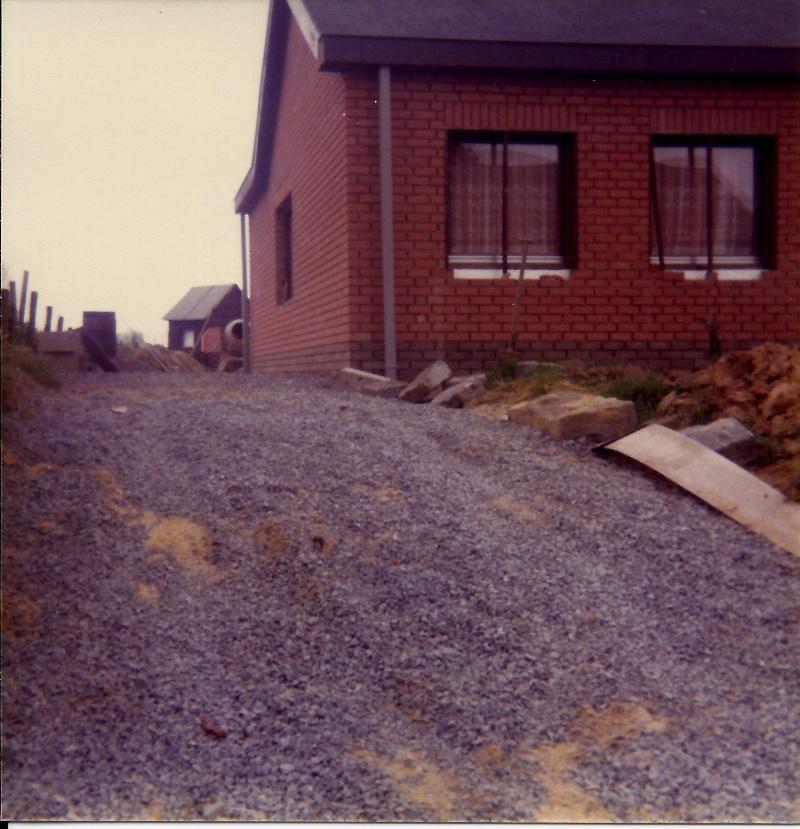 Maison préfabriqué transformée en traditionnelle. Br29e12