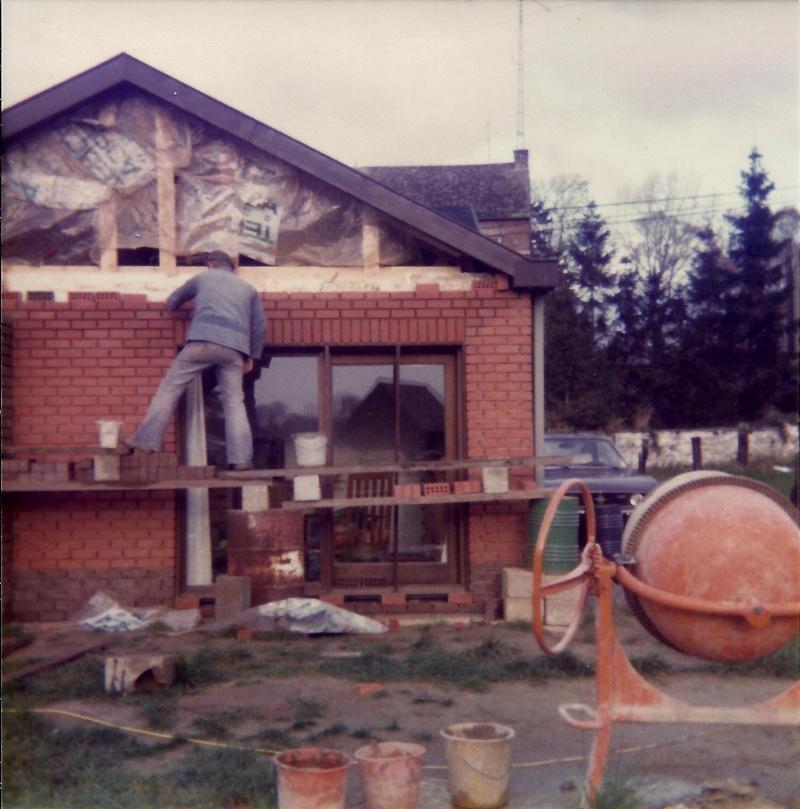 Maison préfabriqué transformée en traditionnelle. Br36s10