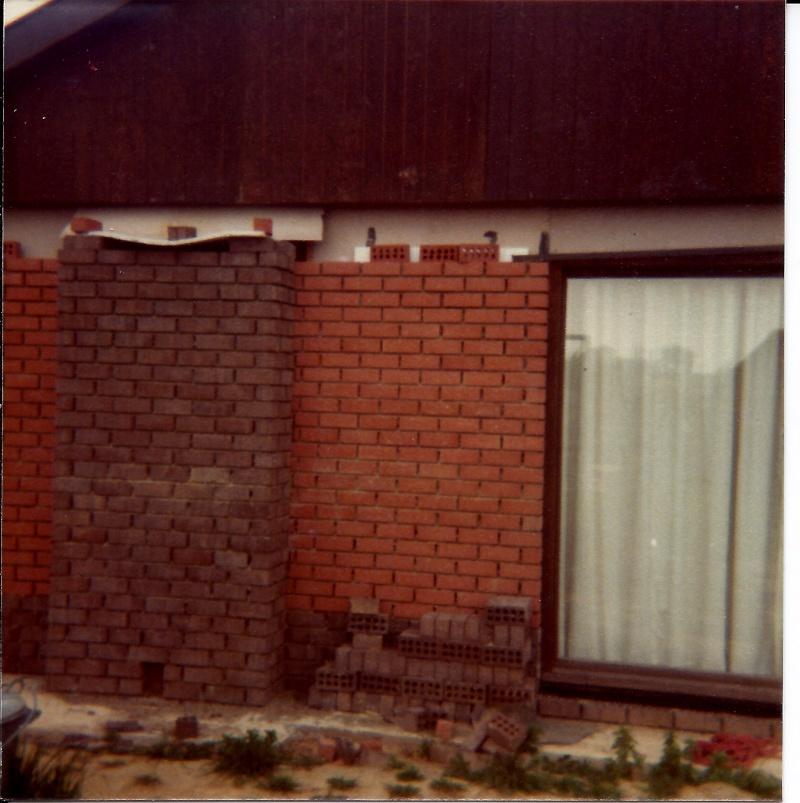 Maison préfabriqué transformée en traditionnelle. Br37s10