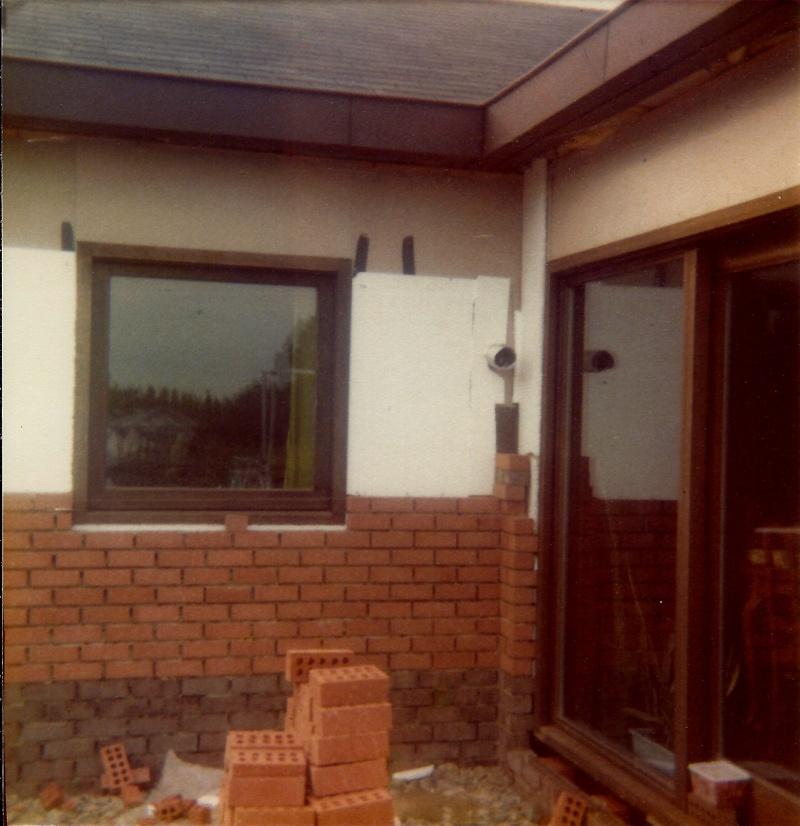 Maison préfabriqué transformée en traditionnelle. Br5s10