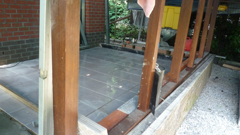 Abri de jardin/Annexe atelier P1020017