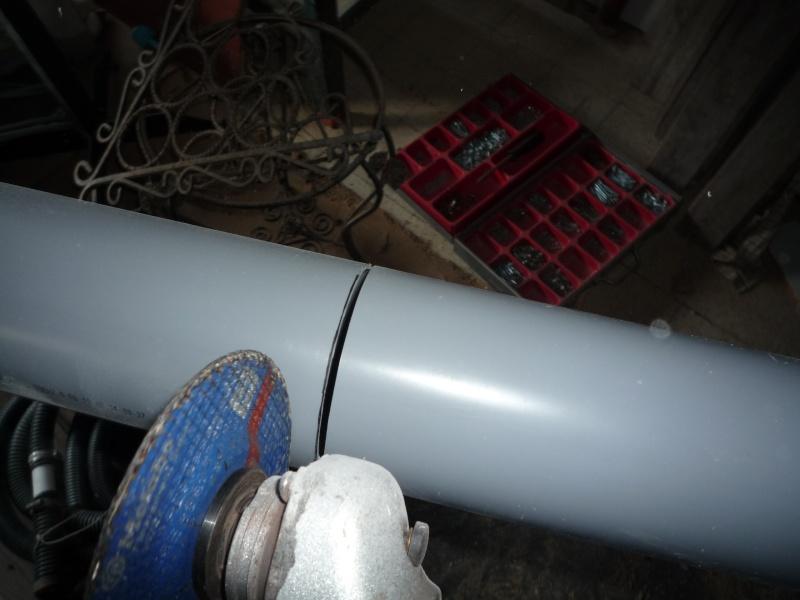 Construction d'un abri pour aspirateur à copeaux suite P1020827