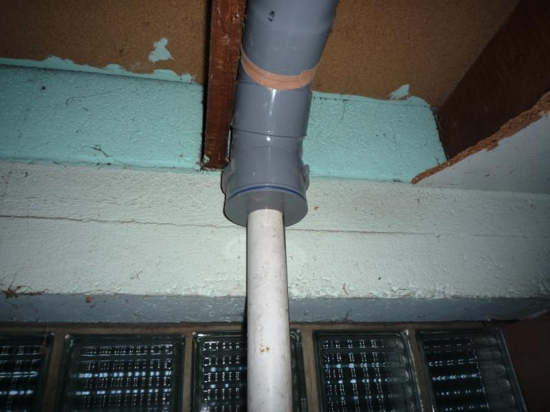 Construction d'un abri pour aspirateur à copeaux suite P1020839
