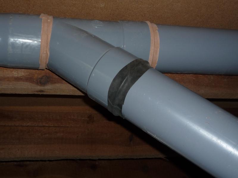 Construction d'un abri pour aspirateur à copeaux suite P1020852