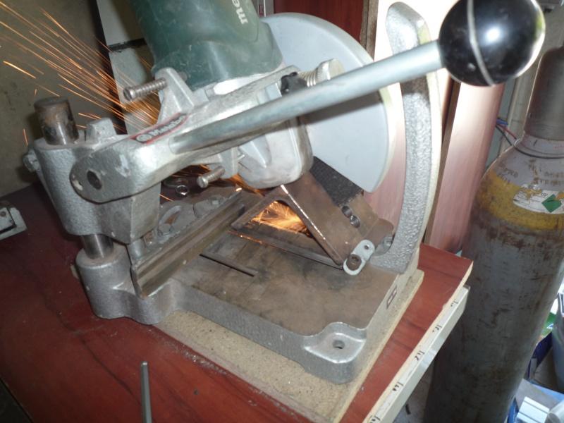 Modification tronçonneuse à métaux. - Page 2 P1030219