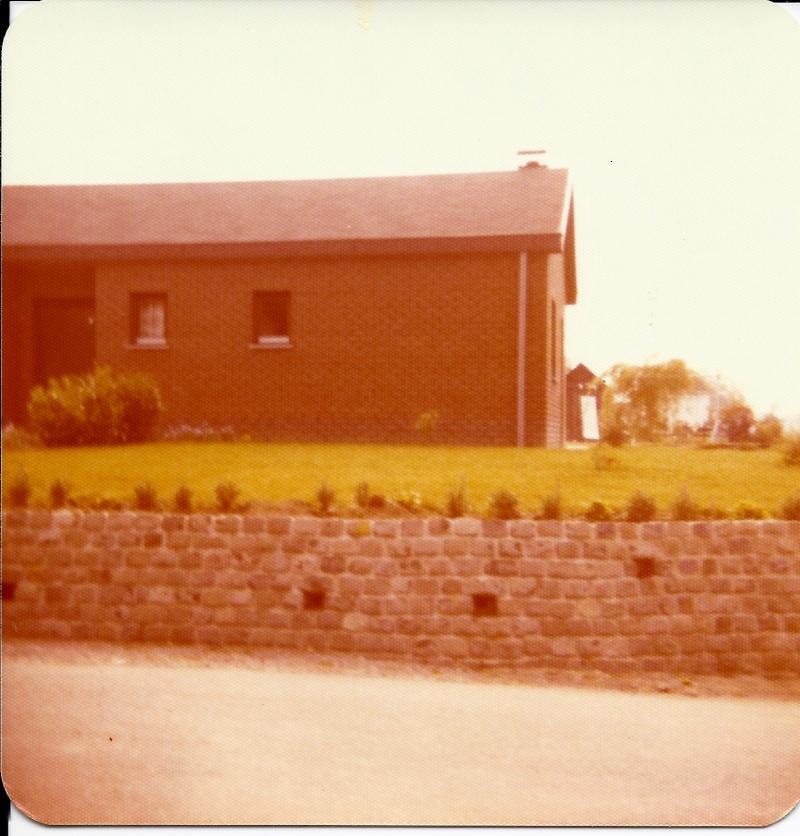Maison préfabriqué transformée en traditionnelle. Pv2310