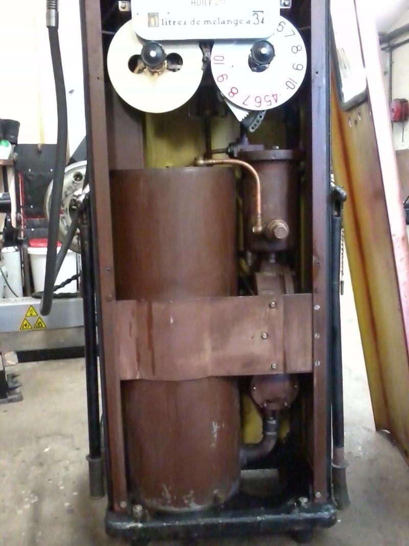Pompe mélangeur SATAM de 1957(nouvelle arrivée à l'atelier RETRO !) Photo035