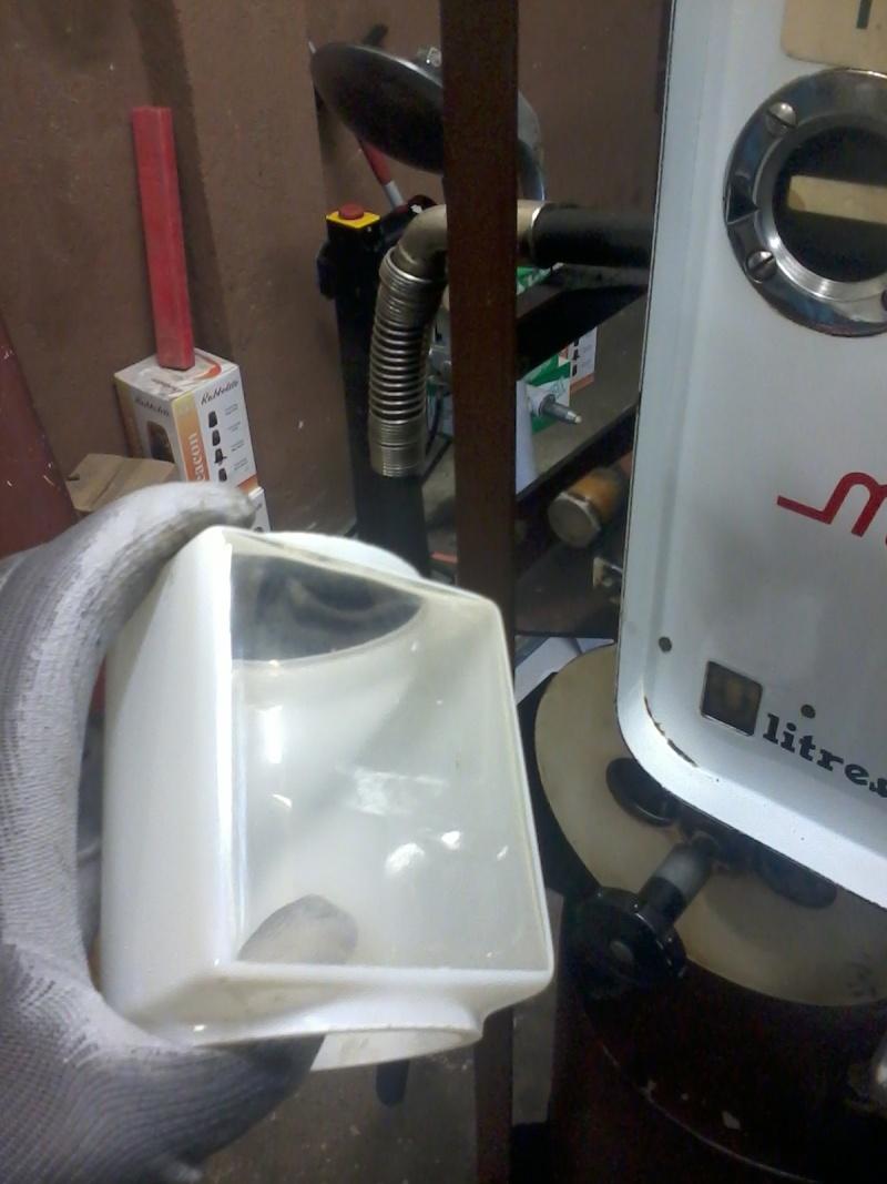 Pompe mélangeur SATAM de 1957(nouvelle arrivée à l'atelier RETRO !) Photo038