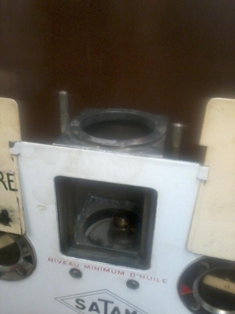 Pompe mélangeur SATAM de 1957(nouvelle arrivée à l'atelier RETRO !) Photo067