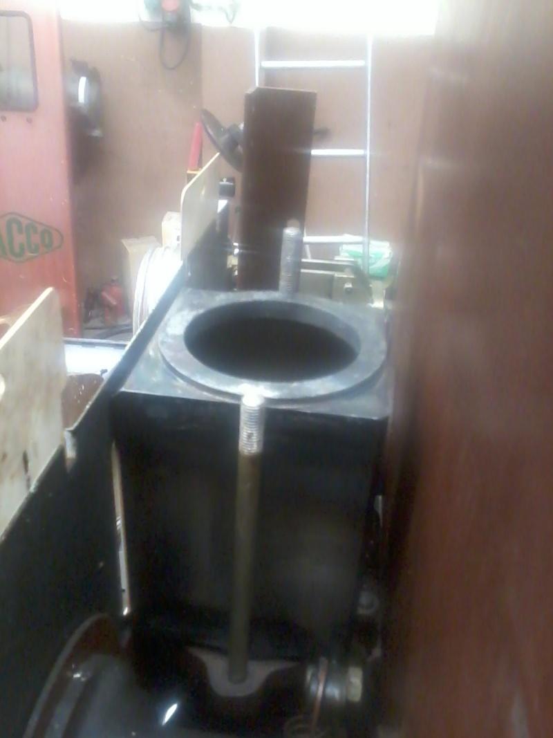Pompe mélangeur SATAM de 1957(nouvelle arrivée à l'atelier RETRO !) Photo068