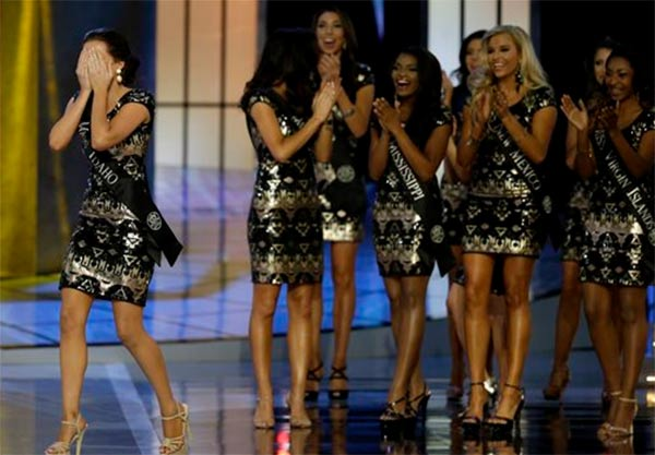 Miss America - Page 4 09141413