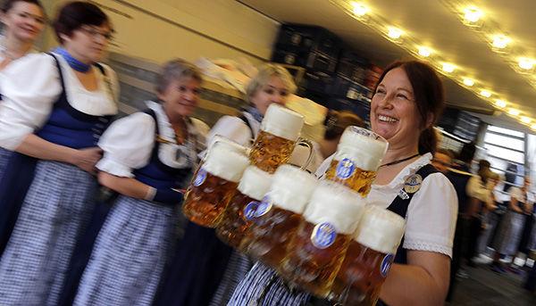 Oktoberfest in Munich - Page 6 10031417